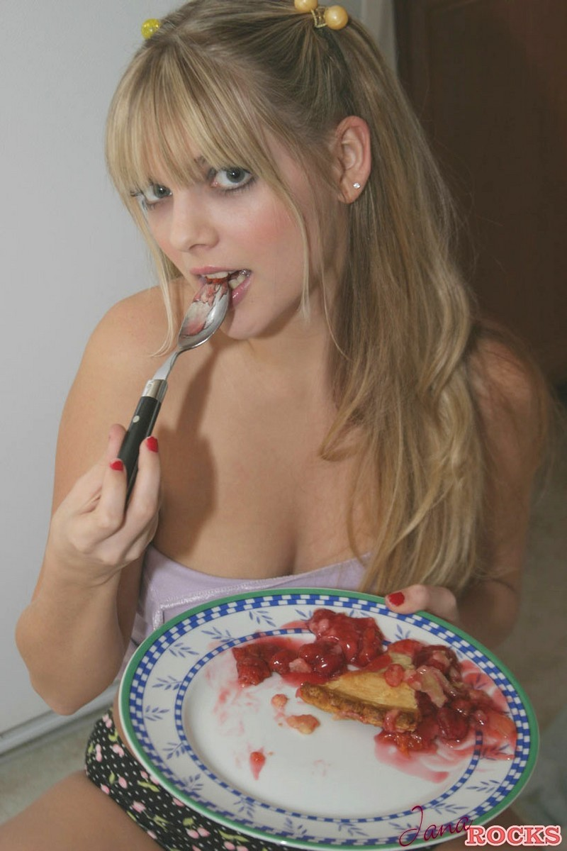 Jana Gets Messy With Her Cherry Pie - Picture 6