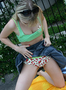 Petite Blonde Jana Rocks Shows Off Her Perky Tits In A Bra That Matches Her Booty Shorts - Picture 10